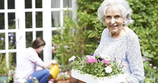 Benefits of gardening for seniors