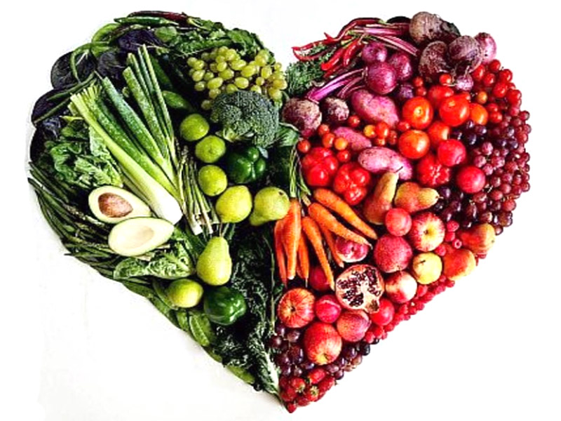 Fruit-veggie-heart (1)
